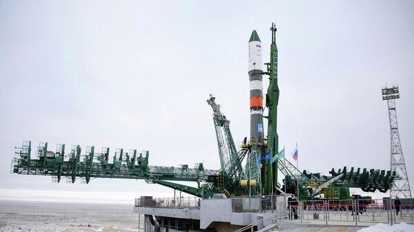 Вывоз РН Союз-2.1а с грузовым кораблем Прогресс МС-16 на стартовый комплекс Байконура
