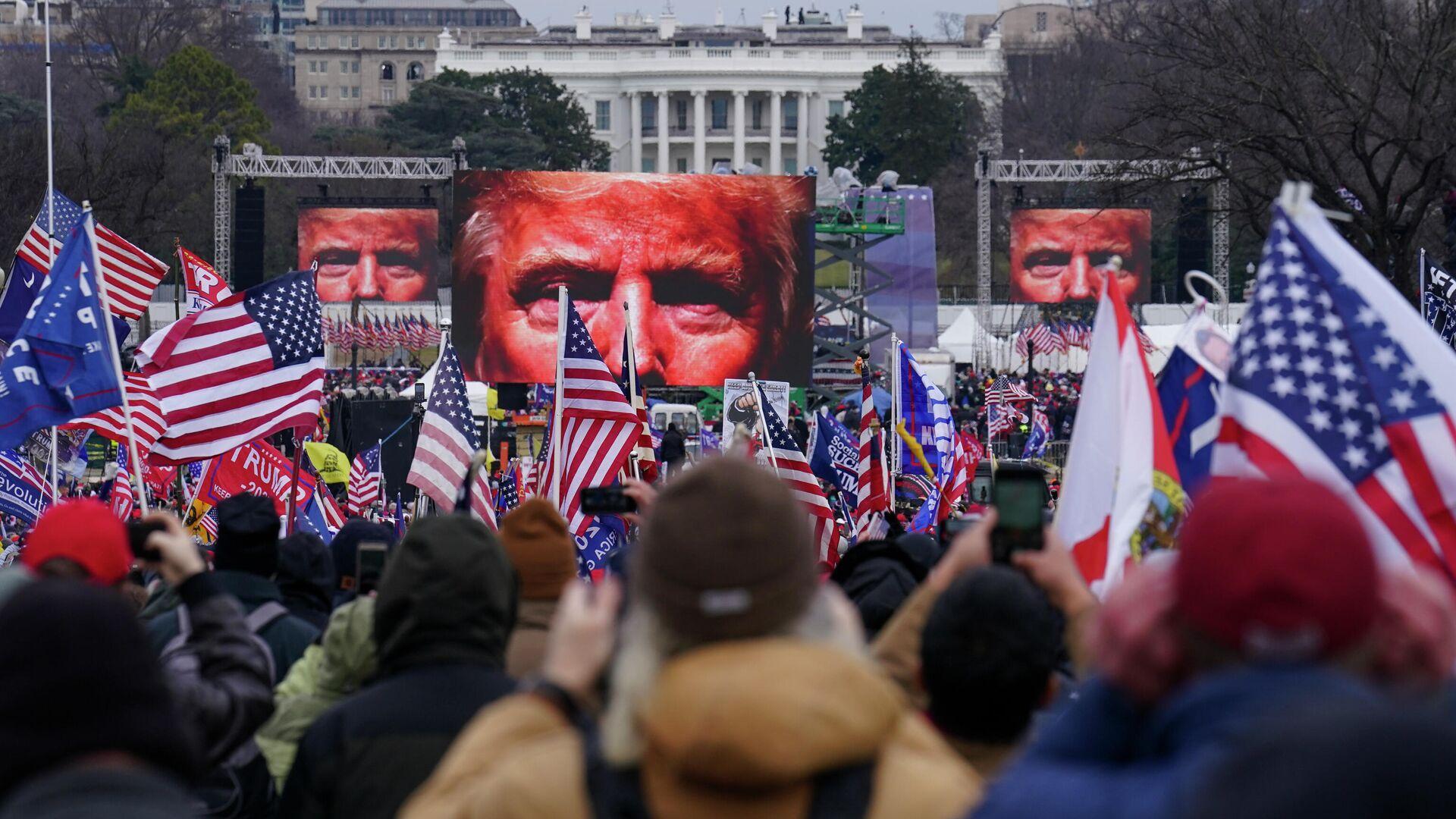 У Трампа лучшее впереди — если он создаст свои соцсети