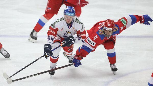 Матч Евротура между сборными России и Чехии по хоккею.