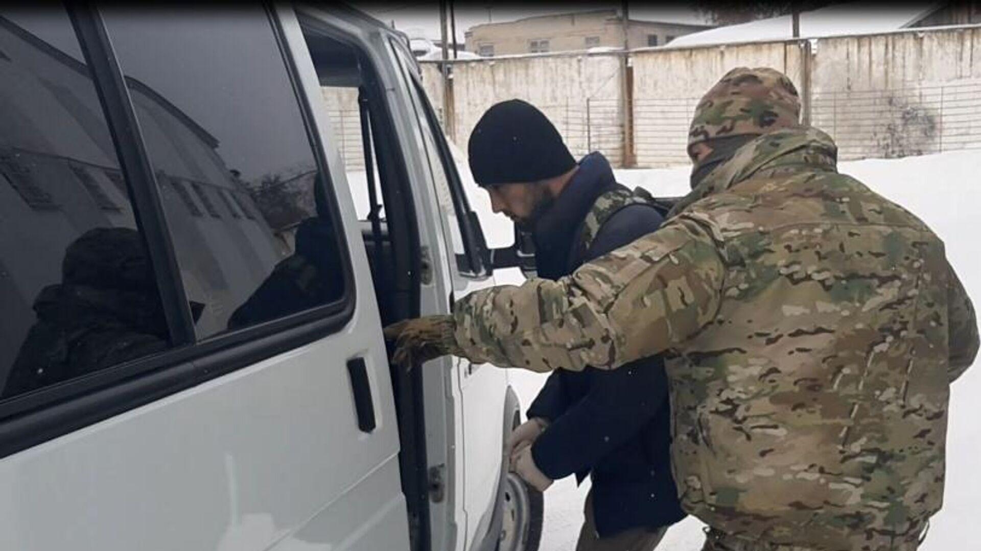 Задержание участников межрегиональной ячейки запрещенной в России организации Катиба Таухид валь - Джихад* в Новосибирске - РИА Новости, 1920, 15.02.2021