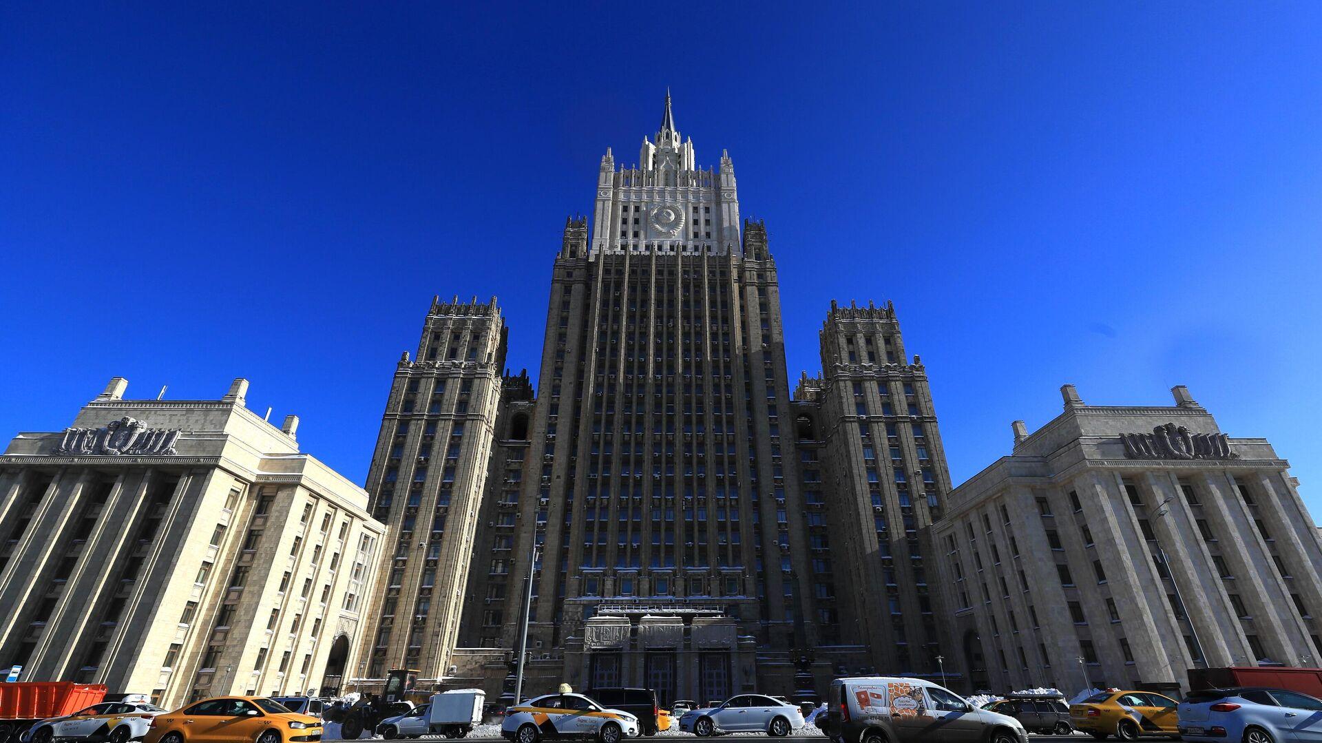Здание Министерства иностранных дел РФ  - РИА Новости, 1920, 04.03.2021
