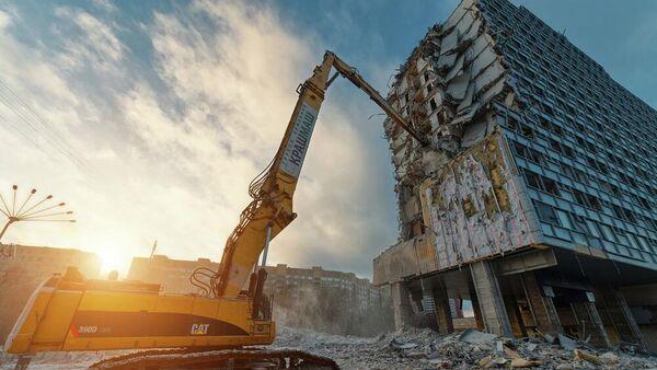 Демонтаж 20-этажного здания гостиницы Корстон