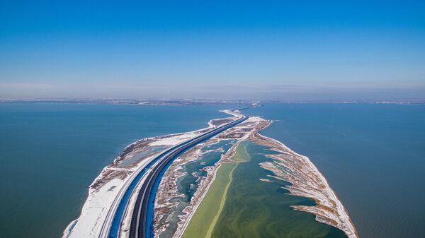 Крымский мост зимой 2021 года
