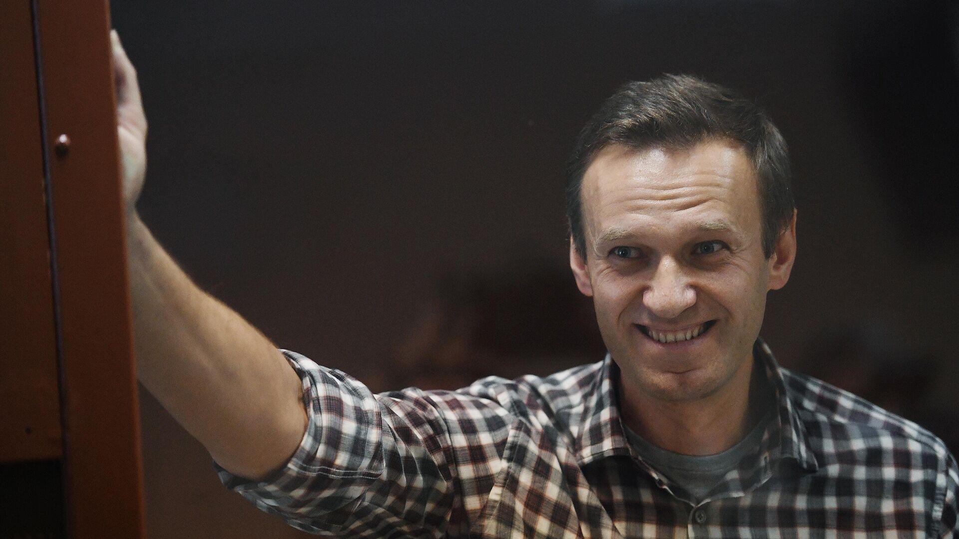 Алексей Навальный в зале Бабушкинского районного суда - РИА Новости, 1920, 14.06.2021