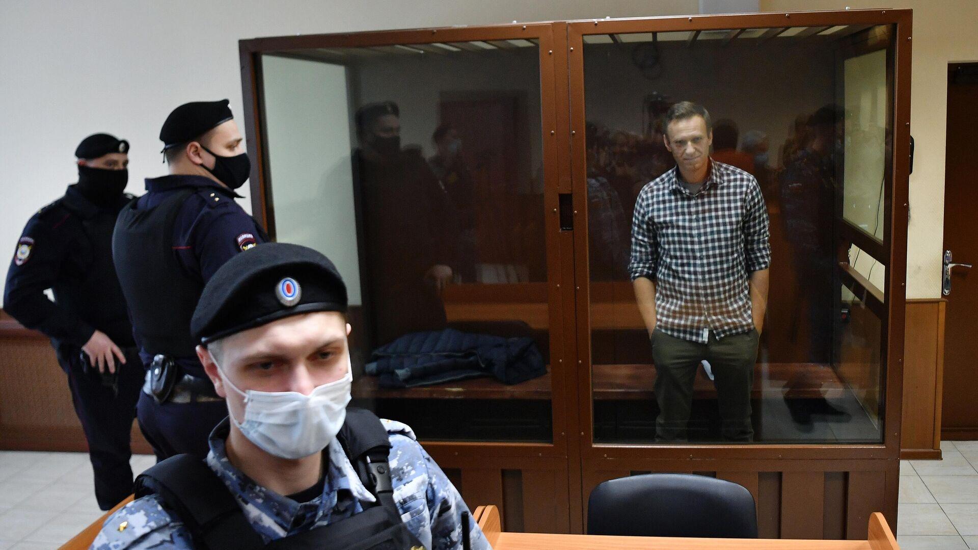 Алексей Навальный в зале Бабушкинского районного суда - РИА Новости, 1920, 04.03.2021