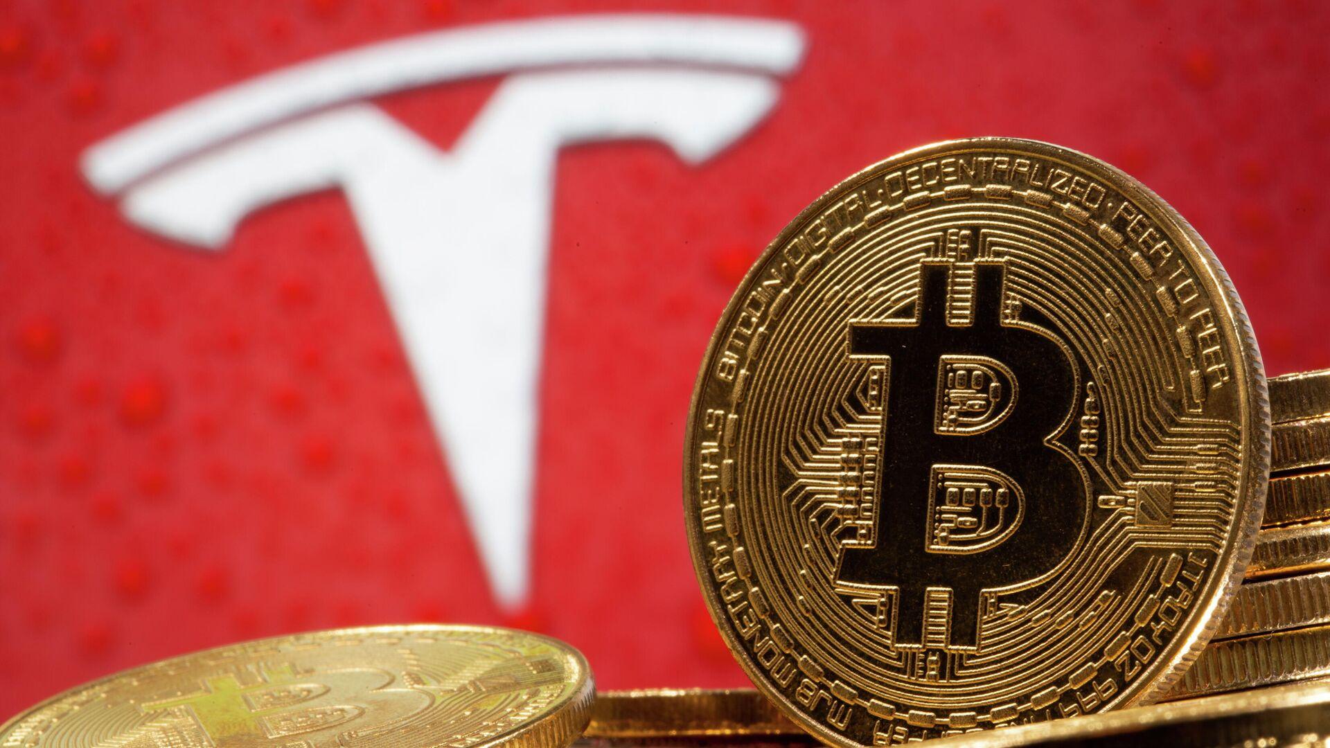 Стоимость биткоина впервые превысила 60 тысяч долларов