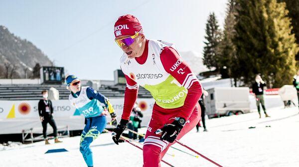 Александр Большунов (Россия) на тренировке перед соревнованиями чемпионата мира по лыжным гонкам.