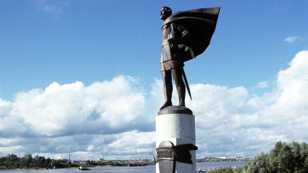 Памятник полководцу, князю Александру Невскому