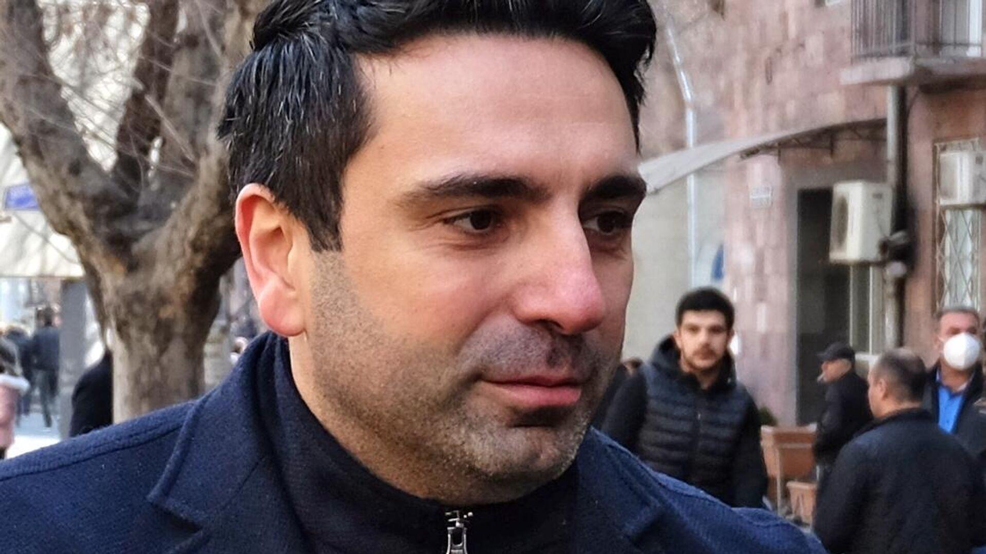 Заместитель председателя Национального Собрания Армении Ален Симонян - РИА Новости, 1920, 02.08.2021