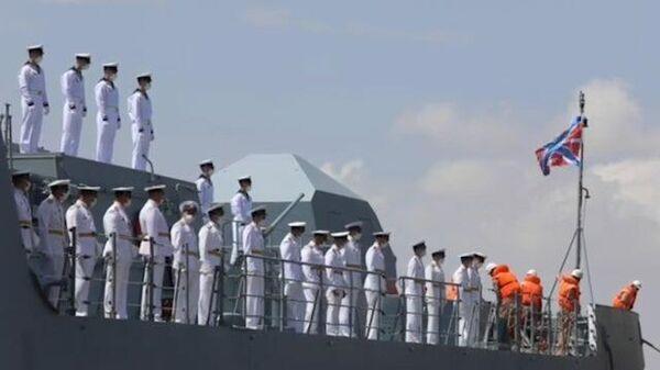 Встреча российских моряков и боевого корабля Адмирал Григорович в Судане