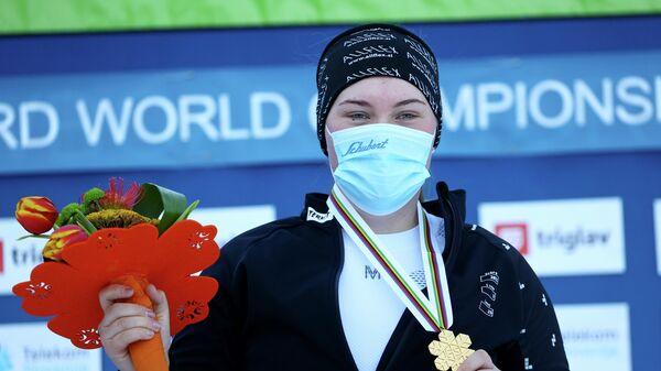 Сноубордистка София Надыршина (Россия)