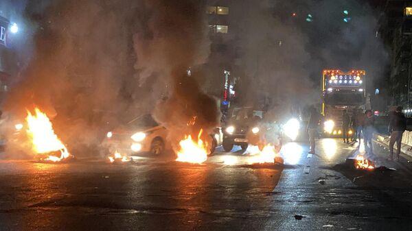 Протестующие на улицах Бейрута