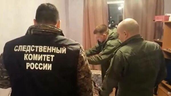 Следственные действия на месте убийства семьи в городе Ликино - Дулево Московской области