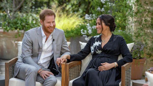 Принц Гарри и Меган Маркл во время интервью