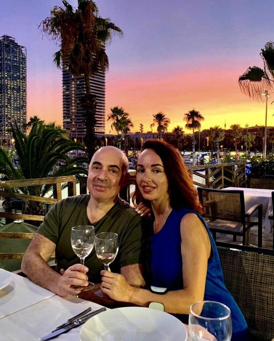 Михаил Грушевский с супругой в Барселоне, Испания