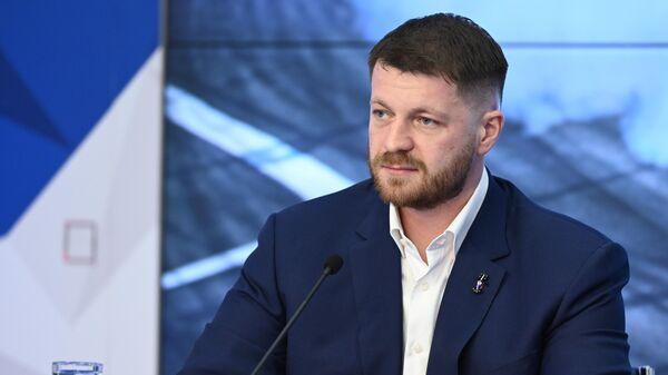Алексей Титов