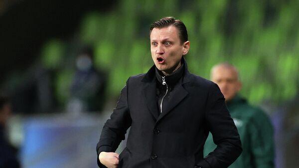 Главный тренер молодежной сборной России Михаил Галактионов в матче молодежного чемпионата Европы по футболу между сборными России и Франции.