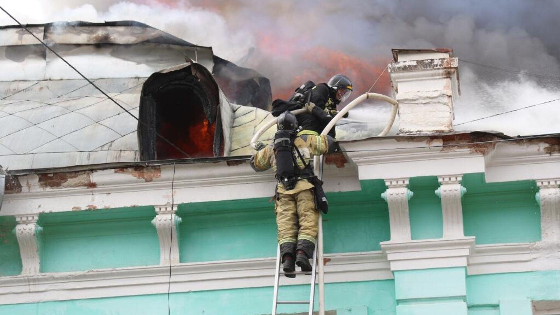 Пожар в кардиохирургическом центре в Благовещенске - РИА Новости, 1920, 03.04.2021