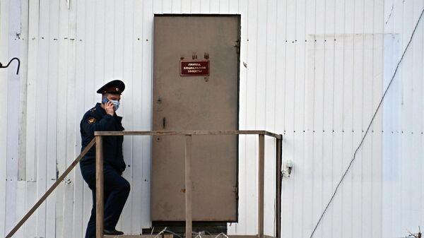 Сотрудник Федеральной службы исполнения наказаний в исправительной колонии № 2 в городе Покрове Владимирской области