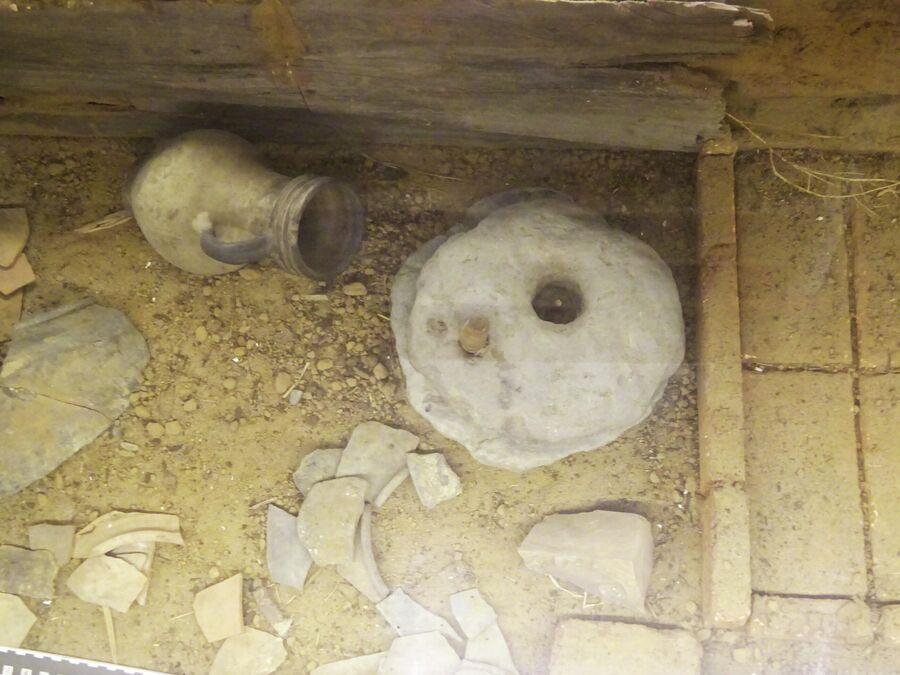 Пороховой погреб, находки при раскопках в кремле