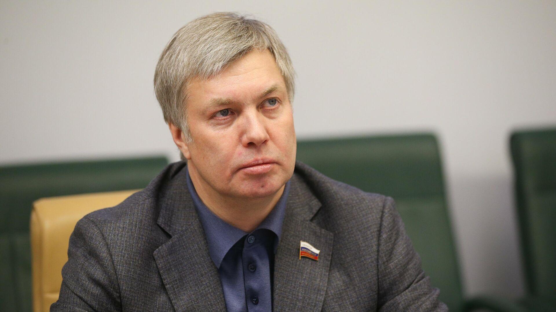 Путин назначил сенатора Русских врио губернатора Ульяновской области