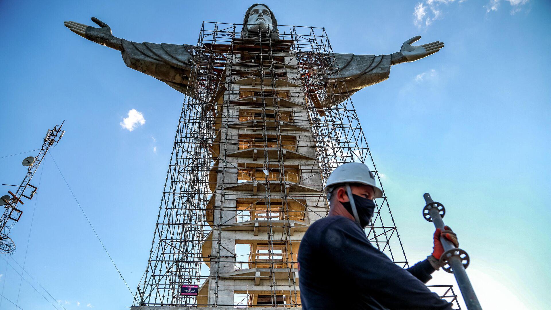 Новая статуя Христа-Искупителя в городе Энкантадо, Бразилия - РИА Новости, 1920, 12.04.2021