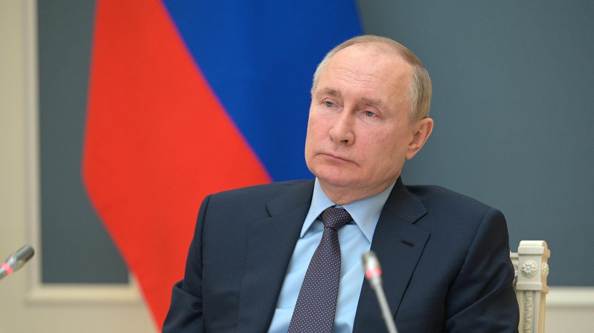 Путин подписал закон об участии физлиц-иноагентов в выборах