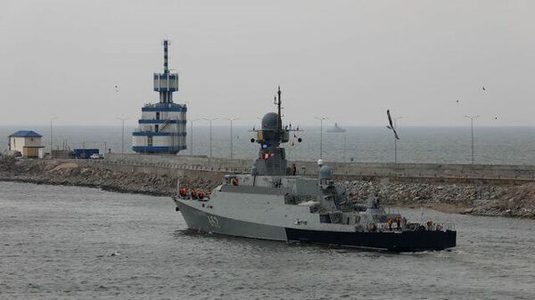 Российские корабли выходят на учения в Каспийское море