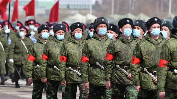Казаки Кубанского войска и Всевеликого войска Донского во время подготовки к параду Победы 9 мая на Красной площади