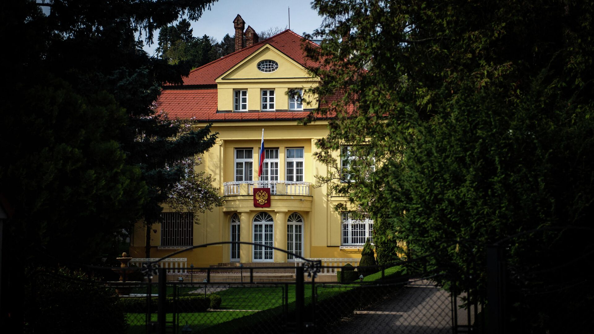 Здание посольства РФ в Словакии - РИА Новости, 1920, 22.04.2021