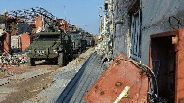 Военнослужащие Вооруженных сил Украины на линии соприкосновения в Широкино Донецкой области