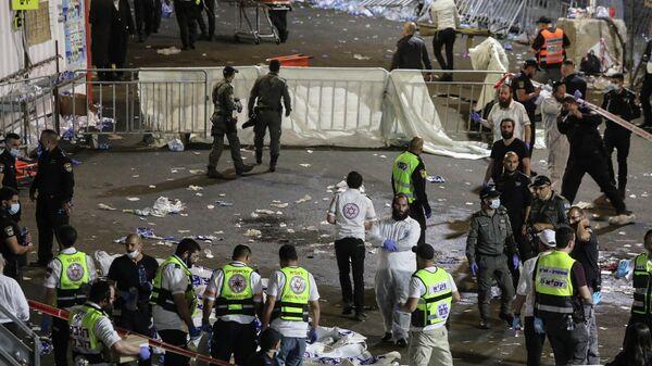 Очевидцы и спецслужбы на месте смертельной давки, возникшей при праздновании религиозного праздника Лаг ба-Омер в Израиле