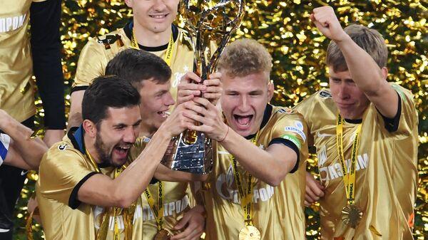 ФК Зенит стал досрочно чемпионом России