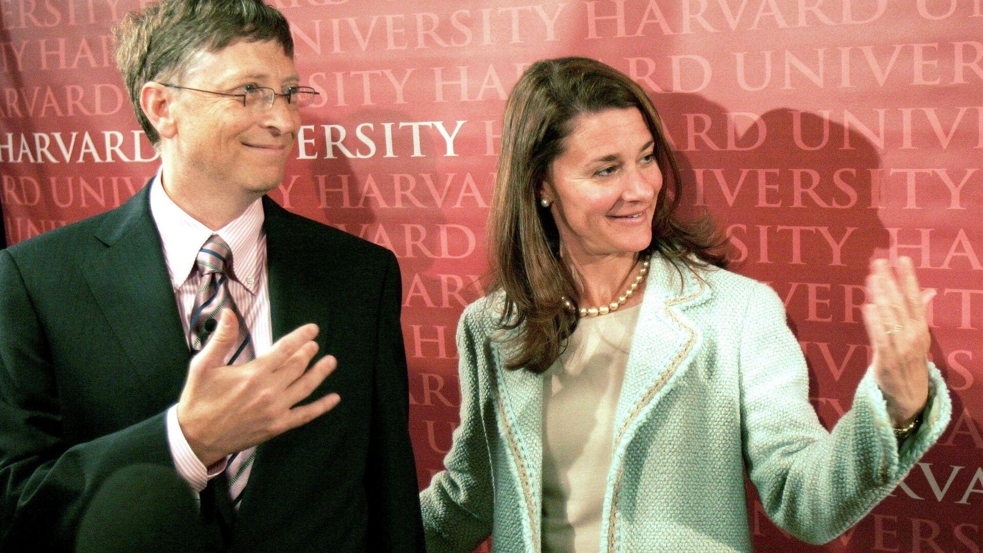 Билл Гейтс с супругой Мелиндой - РИА Новости, 1920, 04.05.2021