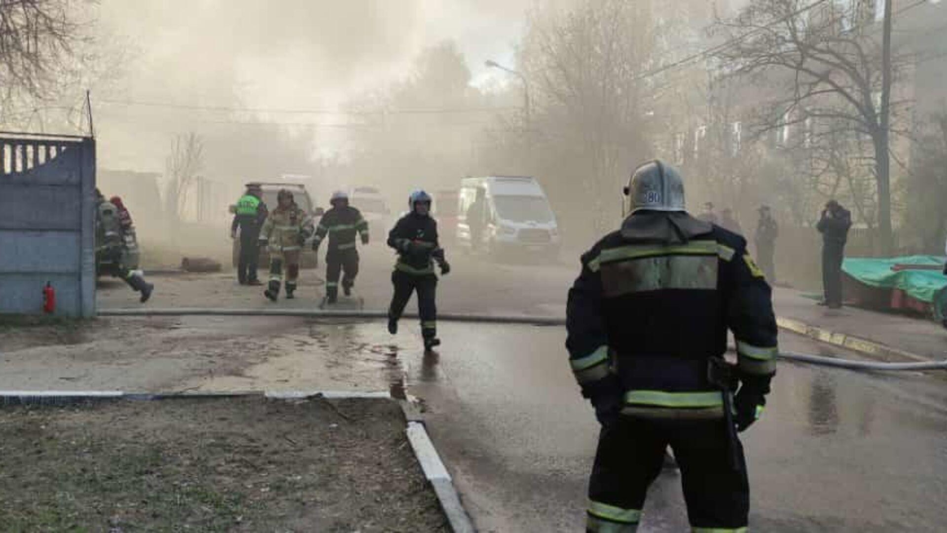 Пожар в сварочном цехе в Мытищах - РИА Новости, 1920, 08.05.2021