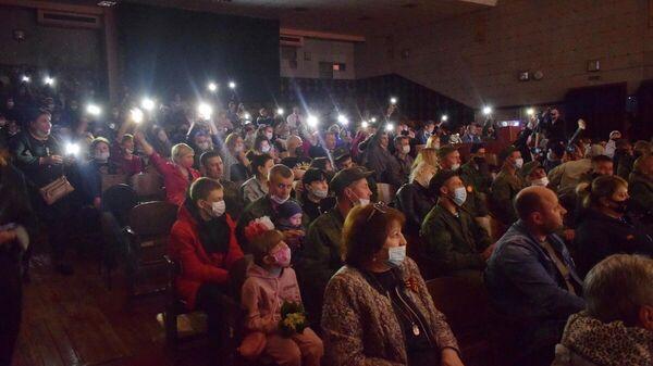 Жители Первомайска на концерте в честь Дня Победы