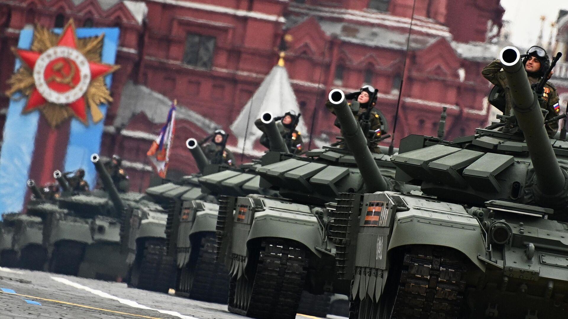 Танки Т-72Б3М на военном параде в честь 76-й годовщины Победы в Великой Отечественной войне в Москве - РИА Новости, 1920, 09.05.2021