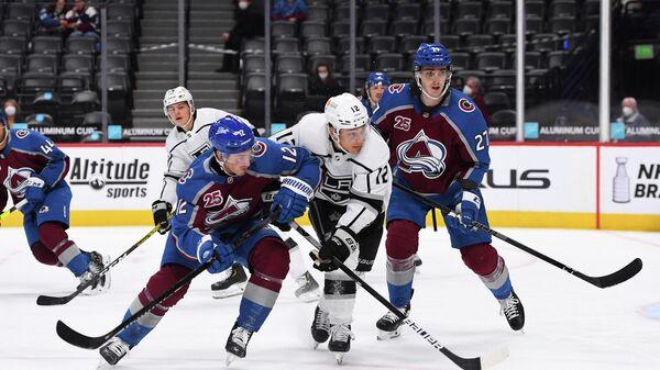 Игровой момент матча НХЛ Колорадо Эвеланш - Лос-Анджелес Кингз