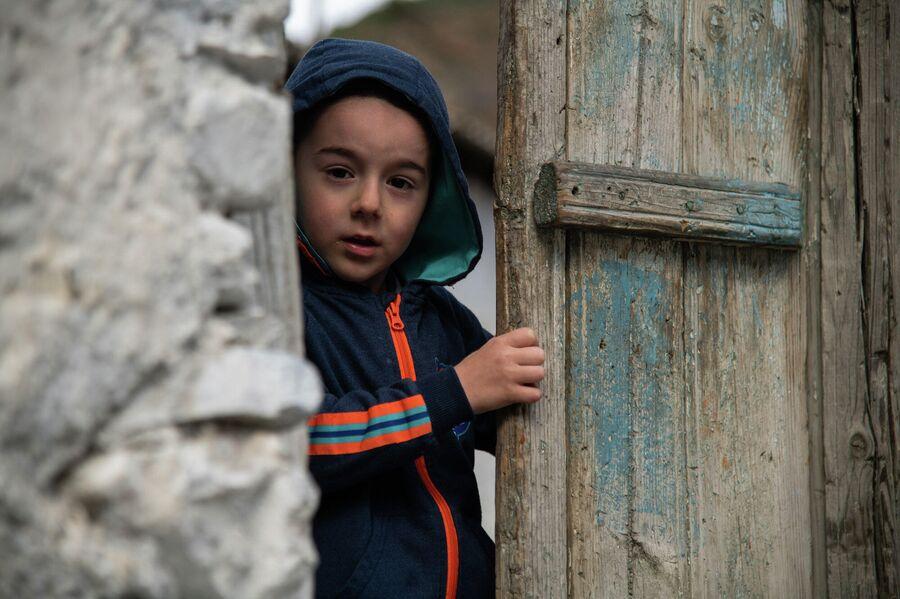 Мальчик из сала Гельмец, южный Дагестан