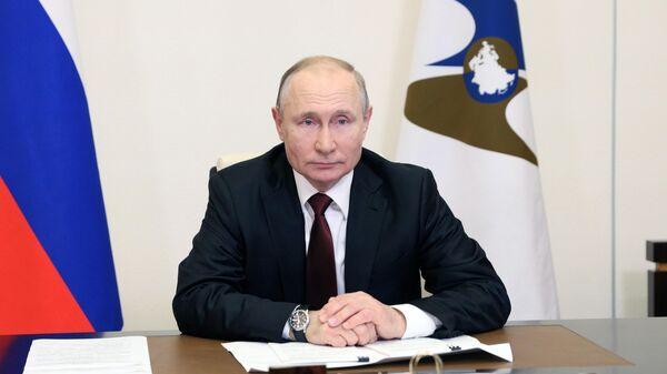 Путин назвал академика Сахарова мужественным человеком