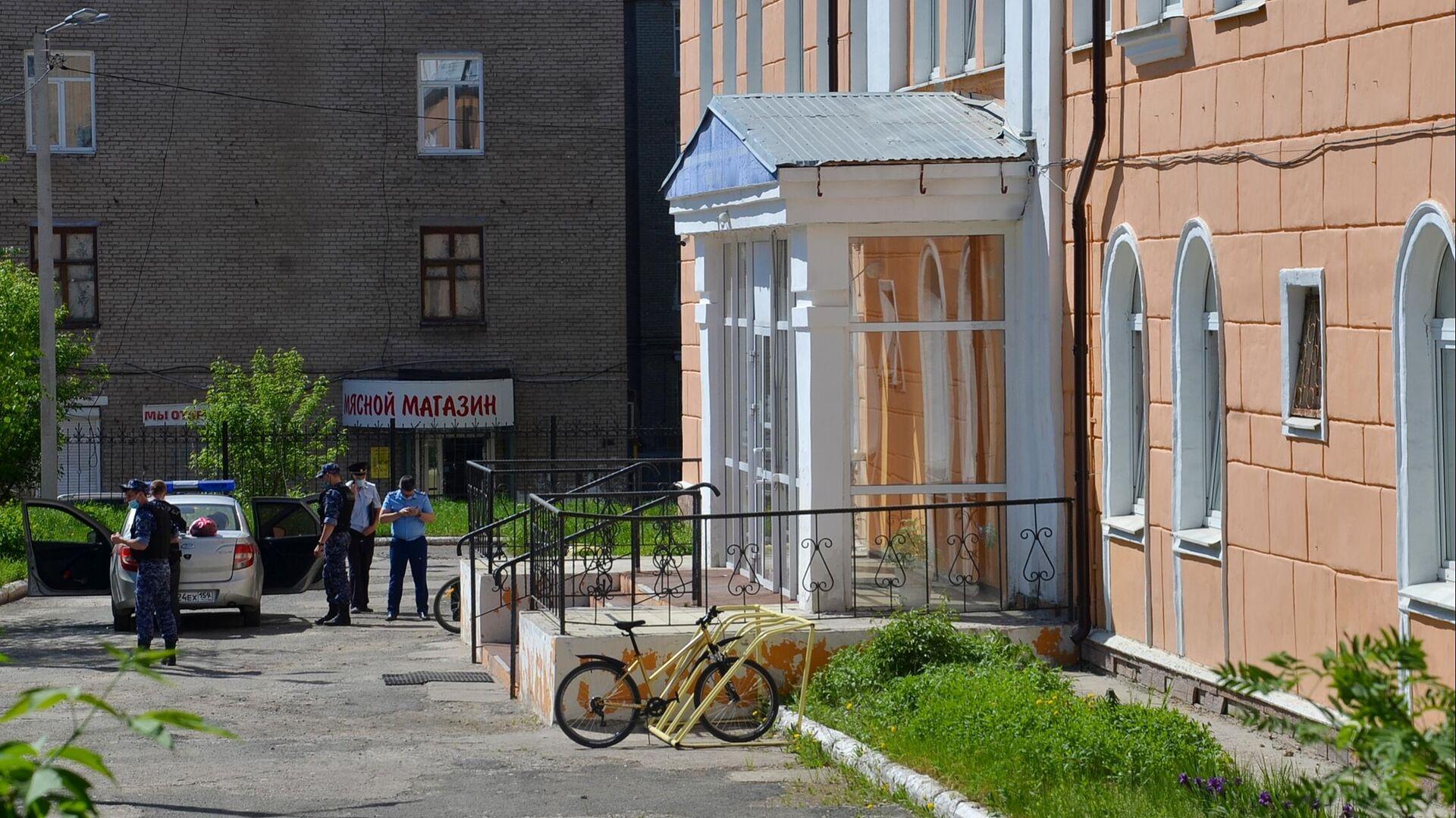 В Пермском крае заключили под стражу лицеиста, напавшего на педагога