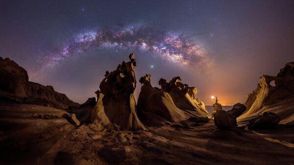 "Работа фотографа Mohammad Hayati ""Night lovers"" в фотоконкурсе 2021 Milky Way photographer of the year"