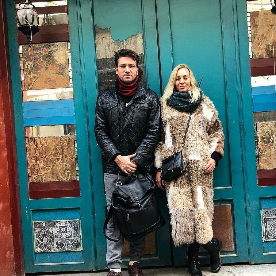 Антон Хабаров с женой в Тбилиси