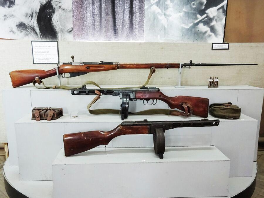 Краеведческий музей. Оружие времен Великой отечественной войны