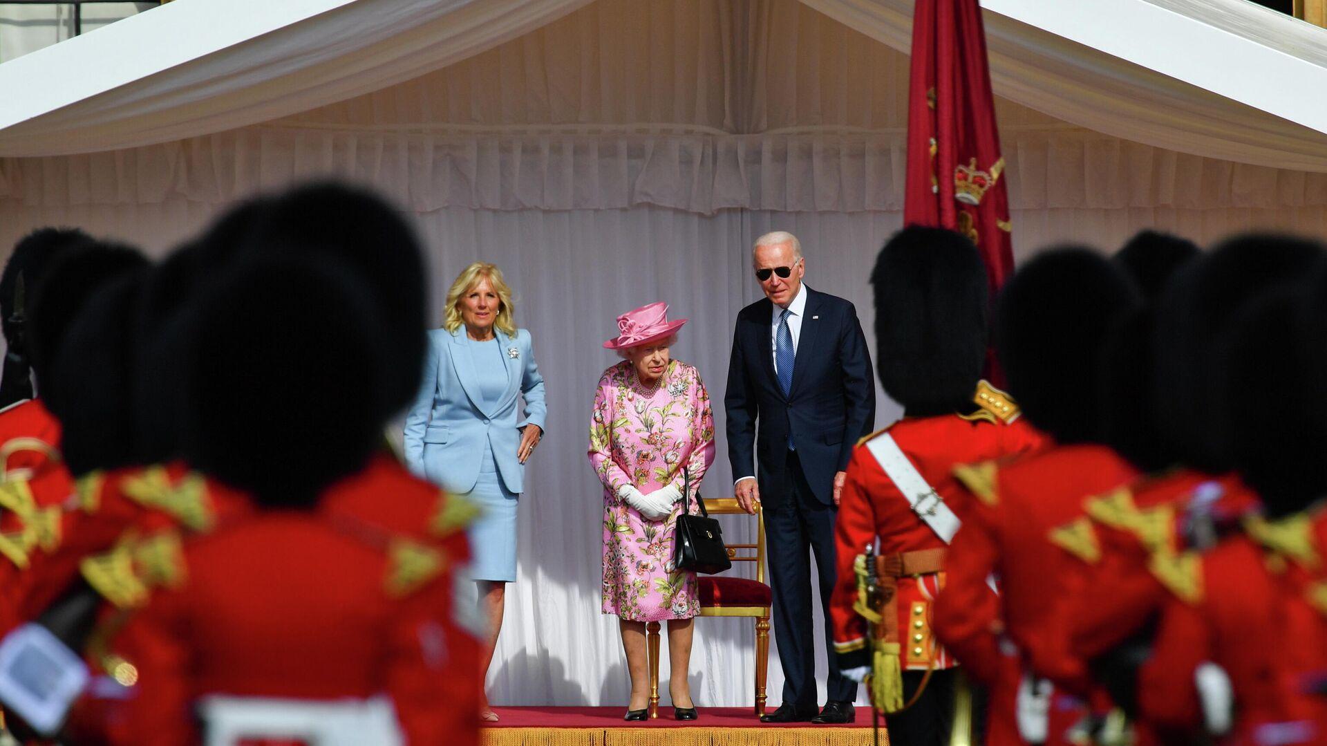 Елизавета II приняла президента США Джо Байдена с супругой в Виндзорском замке - РИА Новости, 1920, 13.06.2021