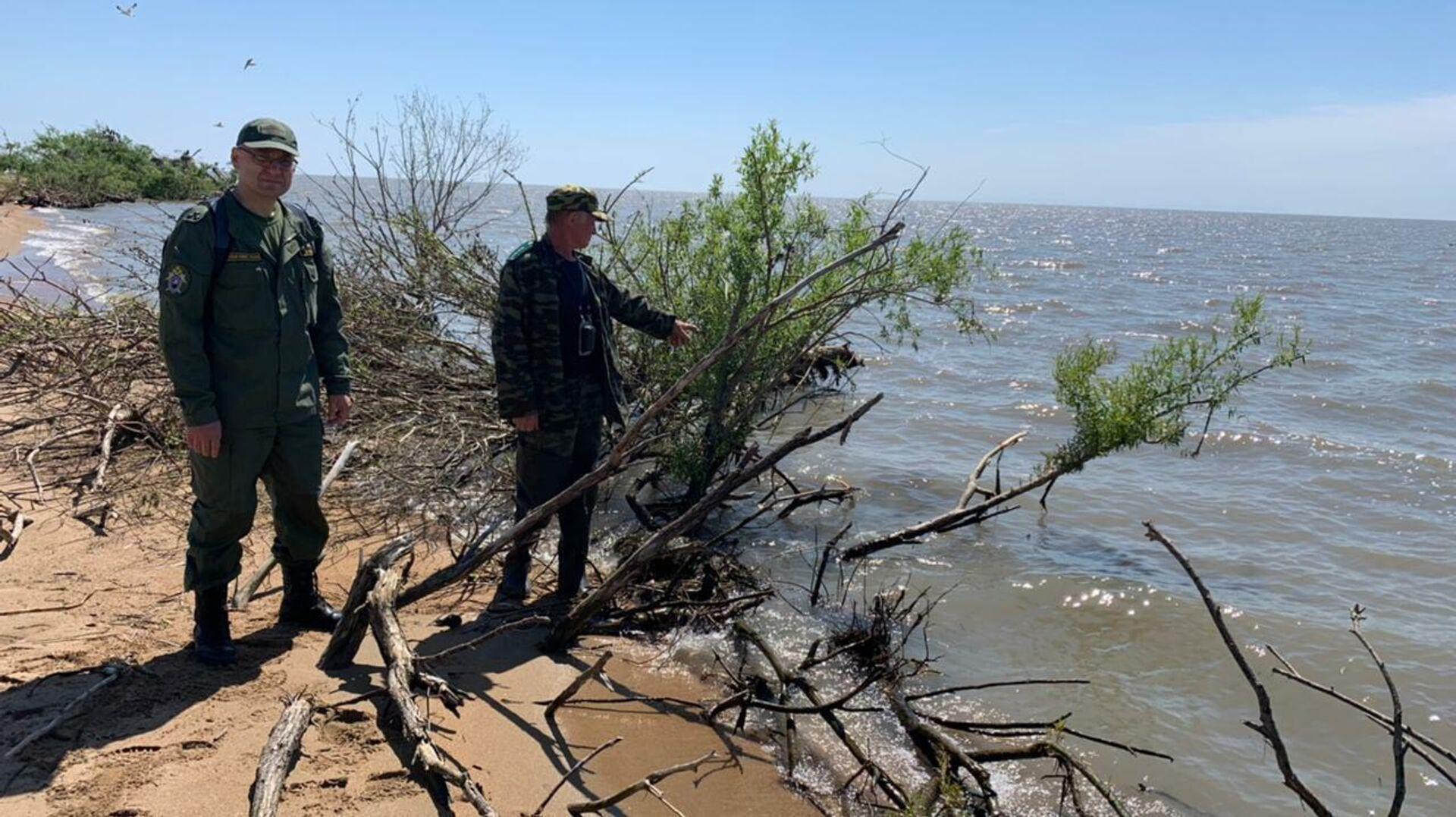 Место, где обнаружили лодку с ребенком - РИА Новости, 1920, 16.06.2021