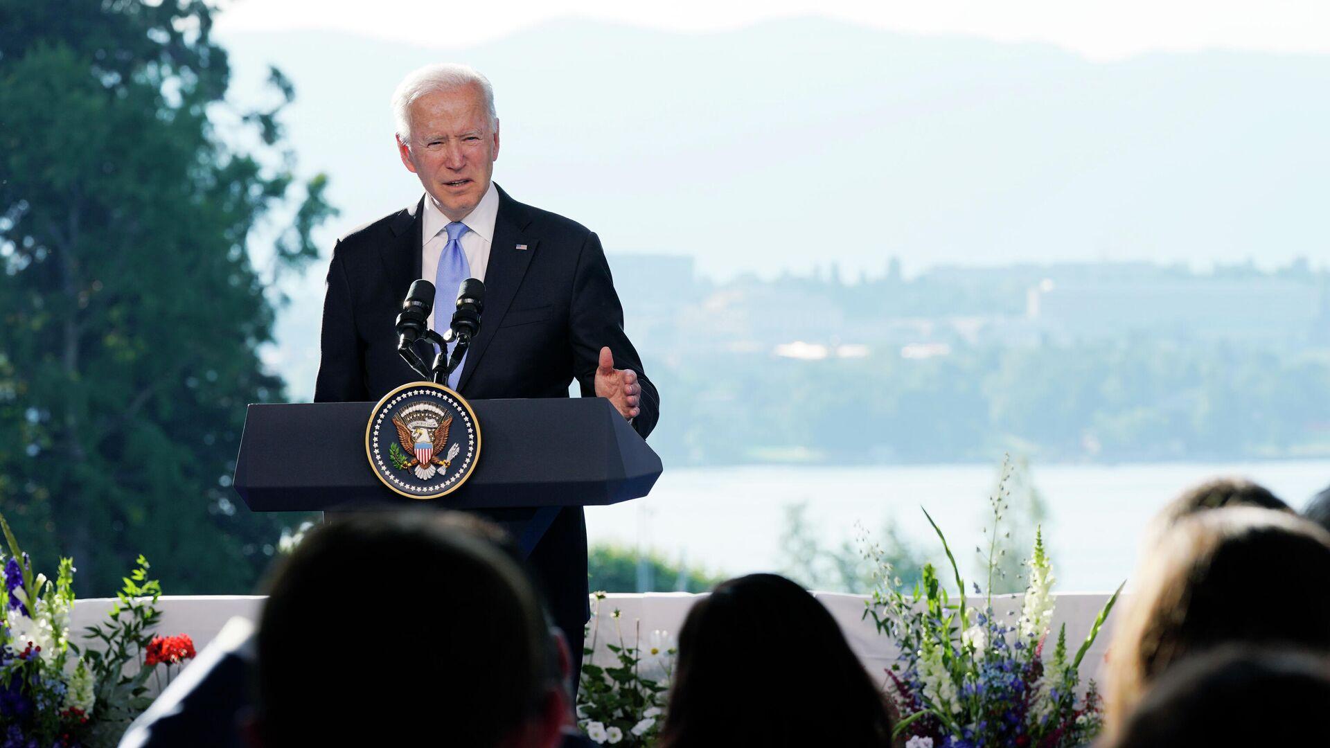 Президент США Джо Байден на пресс-конференции по итогам переговоров с президентом России  Владимиром Путиным в Женеве - РИА Новости, 1920, 16.06.2021