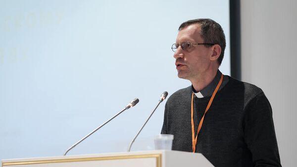Директор Института святого Фомы в Москве священник Штефан Липке