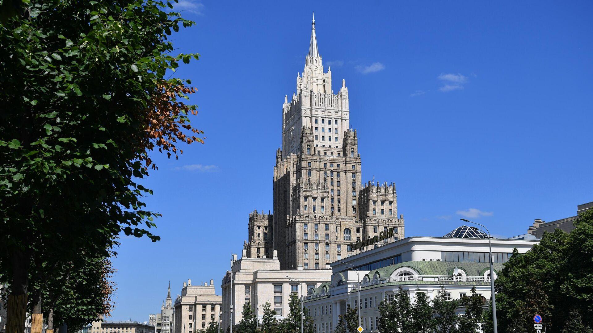 Здание Министерства иностранных дел РФ в Москве - РИА Новости, 1920, 12.07.2021