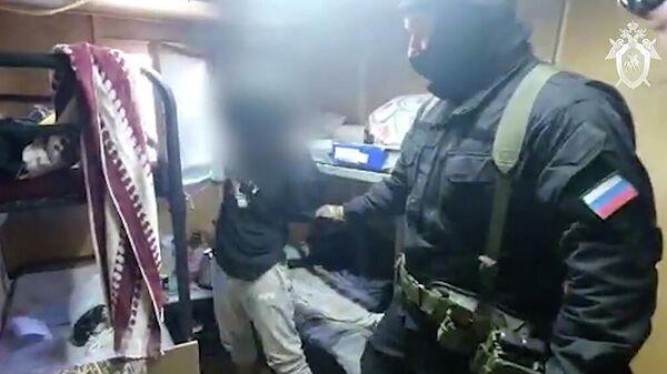 Операция по задержанию в Подмосковье боевика ИГ*. Кадр видео